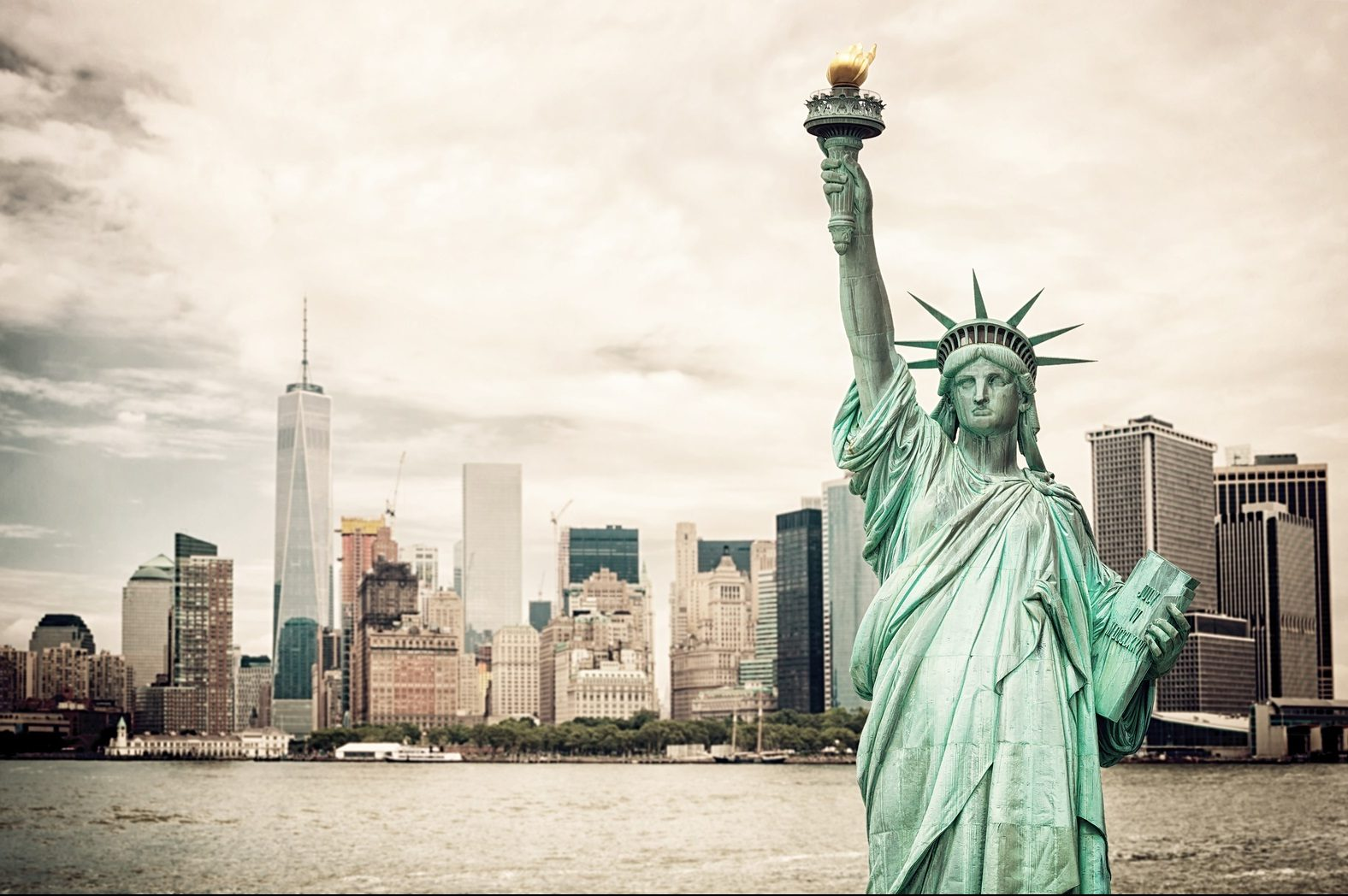 nyc and statue of liberty